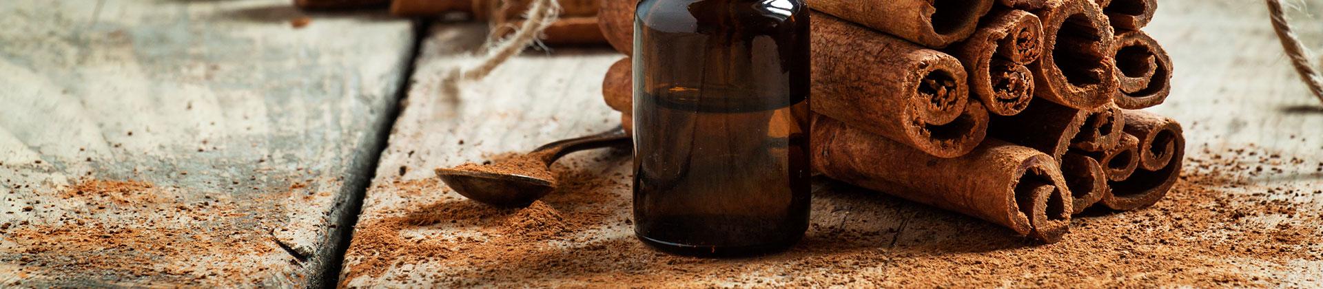 Tinh dầu quế nguyên chất Quảng Nam