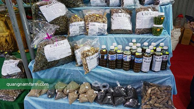Hội chợ sâm Ngọc Linh
